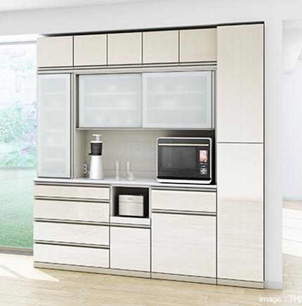 収納スタイルが選べて、引出やスライド扉のレールもスムームな、使い勝手のいい、綾野製作所のキッチン収納